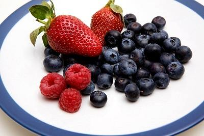 blueberries strawberries